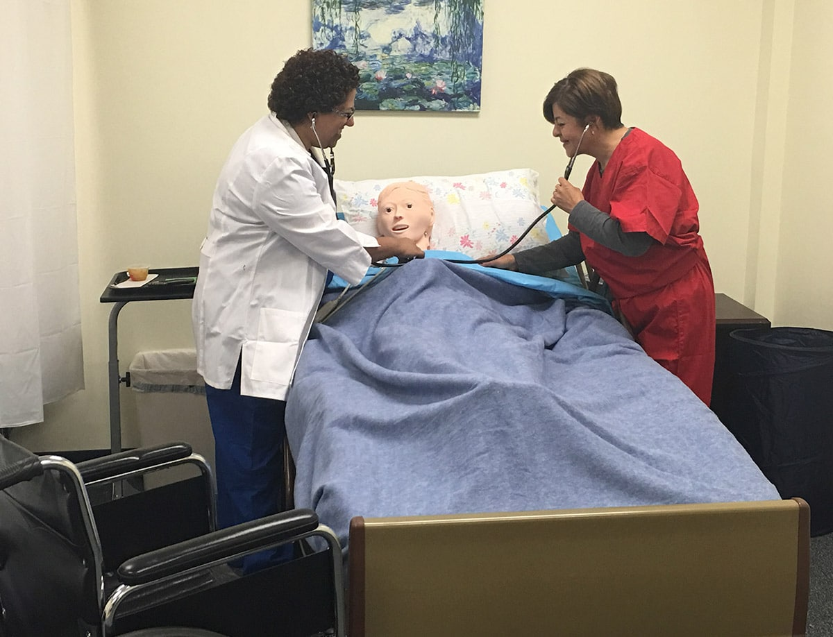 CNA Training in Ashburn, Virginia. Nurse Aide Classes in Asburn, VA at Moon River Nursing Careers.