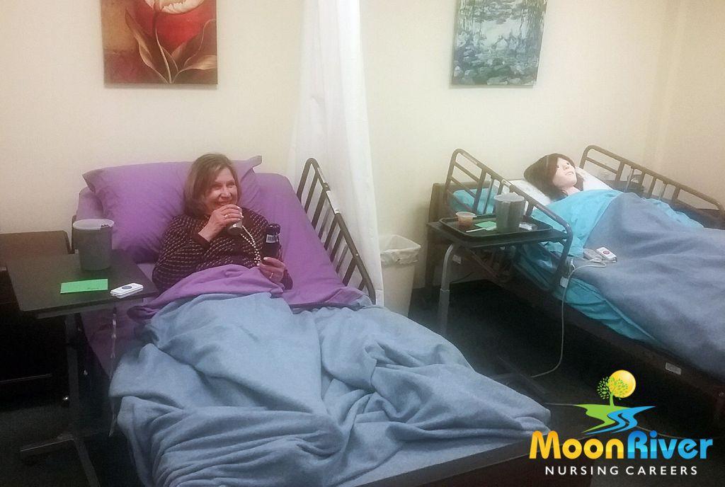 MoonRiverNursingCareers_VeteransOffer_NurseAideCourse